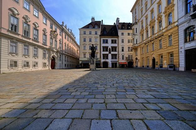 歴史を感じる町並み-Wien, Austria
