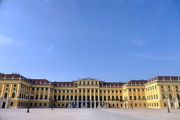 青空と宮殿-Wien, Austria