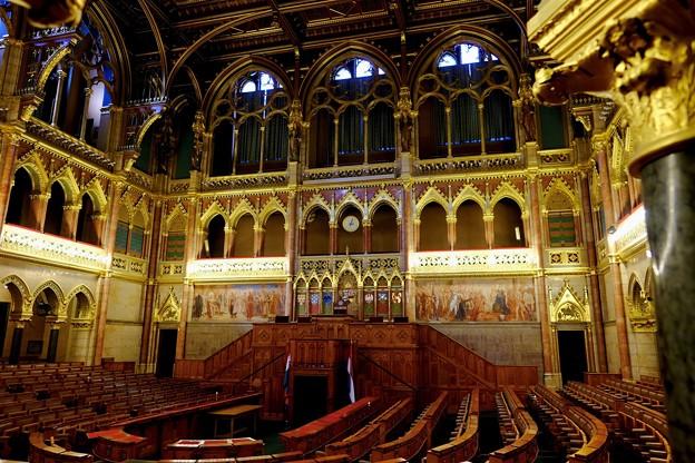 格調高い議会ホール-Budapest, Hungary