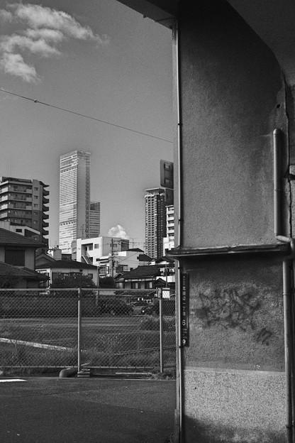 新旧の対比-大阪市阿倍野区:美章園