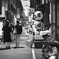 モノクロが似合う街-大阪市天王寺区:阪和商店街