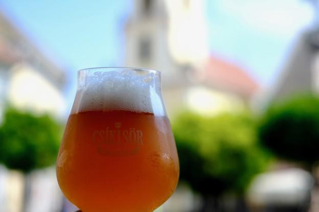 昼間のビールは美味い-Szentendre, Hungary