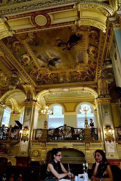 世界一豪華なカフェ-Budapest, Hungary