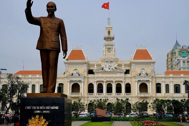 ホーチミンの像-Ho Chi Minh, Viet Nam