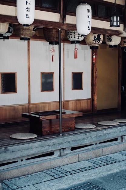 縁側でのんびりと-奈良県天川村:洞川温泉
