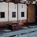 Photos: 縁側でのんびりと-奈良県天川村:洞川温泉