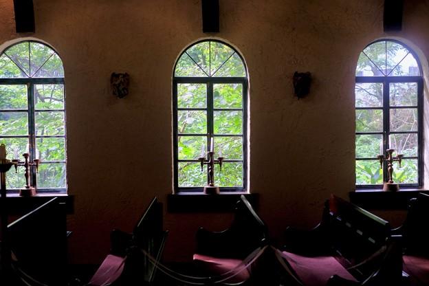 なんだこいつは-長野県白馬村:和田野の森教会