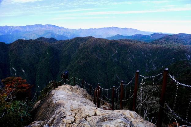 足がすくむ-奈良県上北山村:大台ヶ原山