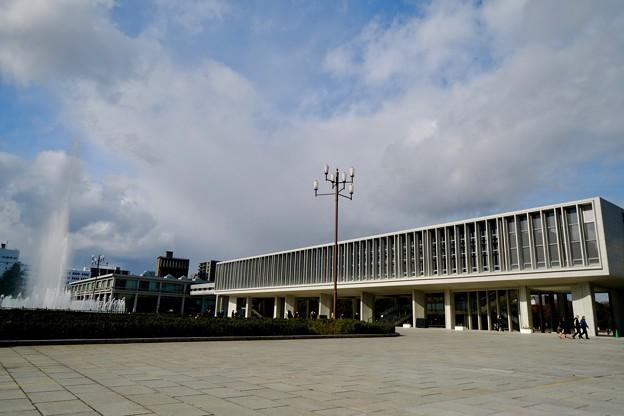 平和への願い-広島市中区:原爆平和記念資料館