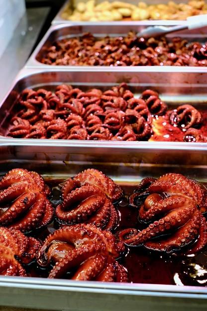 明石といえば蛸ですね-兵庫県明石市:魚の棚商店街