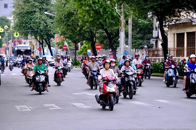 バイクの群れ-Ho Chi Minh, Viet Nam