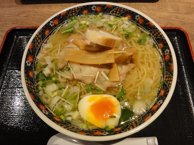 麺厨房あじさい『味彩塩拉麺』