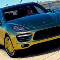 Photos: 2012 Porsche Cayenne