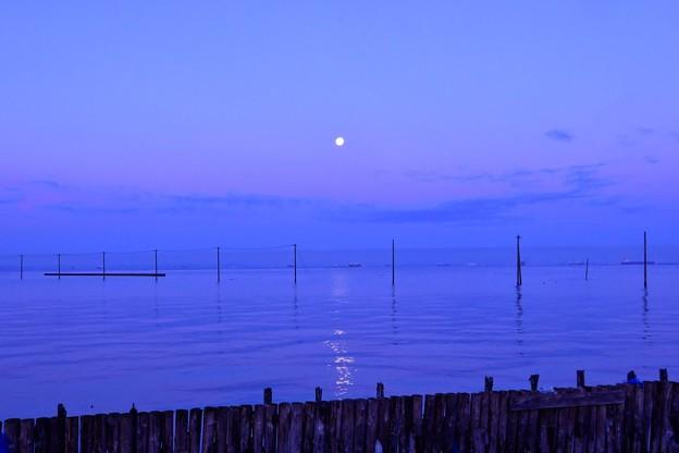 江川海岸の夜明け