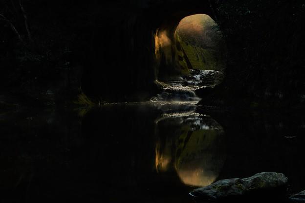 亀岩の洞窟 (2)