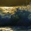 写真: 能登の波