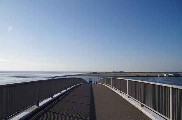 写真: 中の島大橋-木更津駐屯地方面