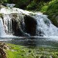 写真: おしどり隠しの滝ー2