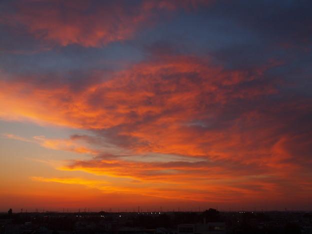 写真: 夕景「炎の雲」