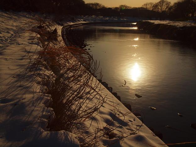 川面に映る夕陽