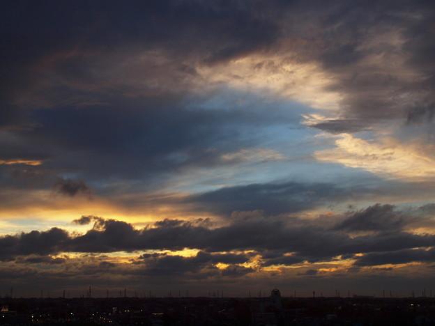 夕景「春の荒れ模様」