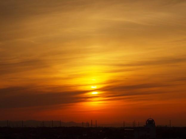 写真: 羽二重の夕日