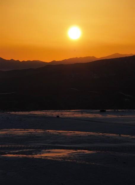 雪山での日の出