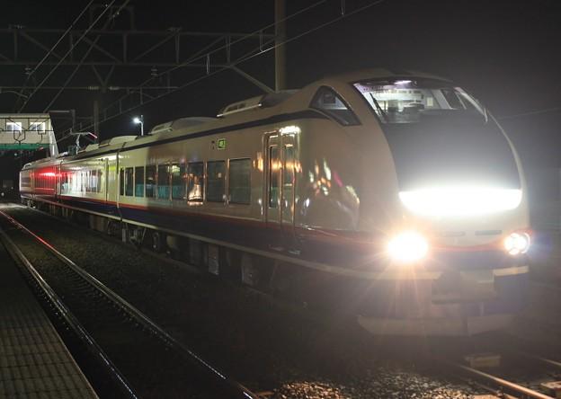回8842M E653系H-201 AT出場回送