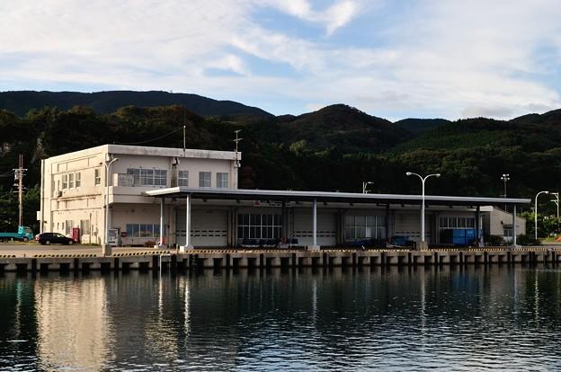 男鹿・椿漁港・グリーンタフ 16-09-19 16-28