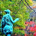 豊田市内東照宮境内、家康のオヤジの像