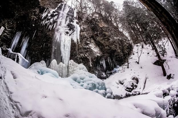 氷瀑の新滝 (2)