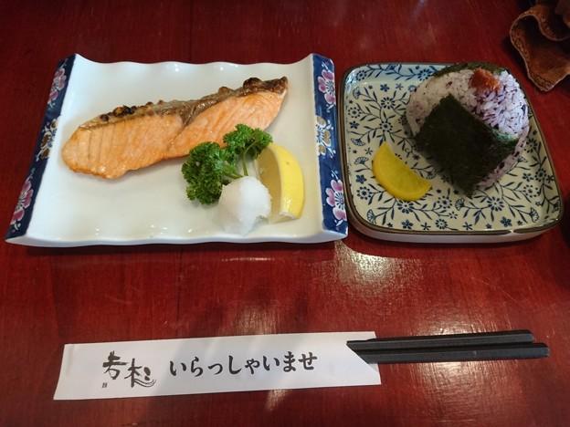 鮭と紫蘇おにぎり