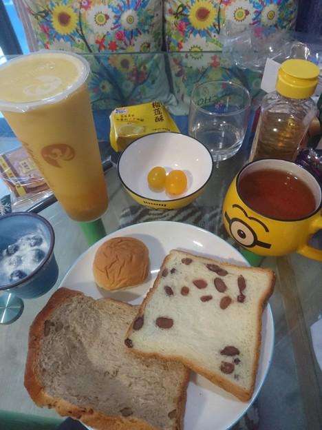 黄色の多い朝