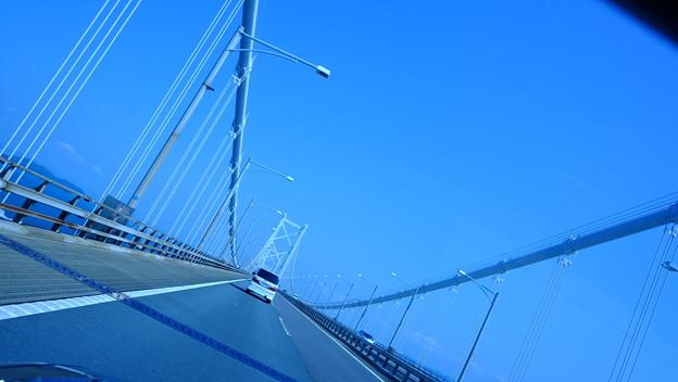 巨大吊り橋