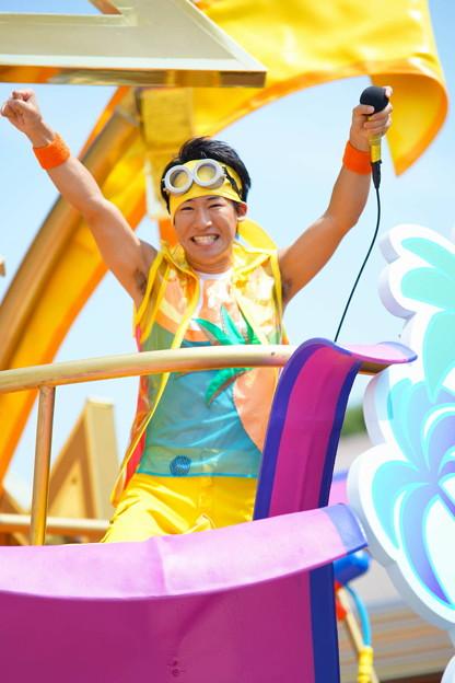 写真: USJ ミニオン・ウォーター・サプライズ・パレード