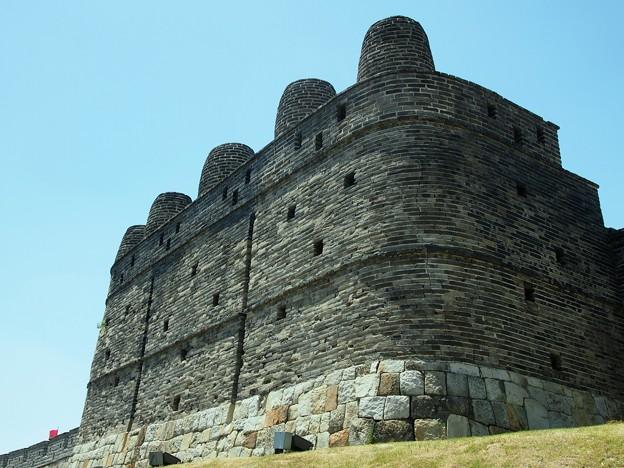 """烽墩 -水原華城-/Bongdon""""Beacon Mound"""" -Hwaseong Fortress-"""