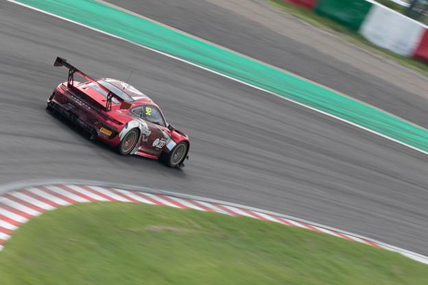 Photos: 車はやっぱり走る姿が美しい!