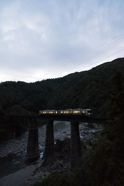 Photos: 夜の入り口