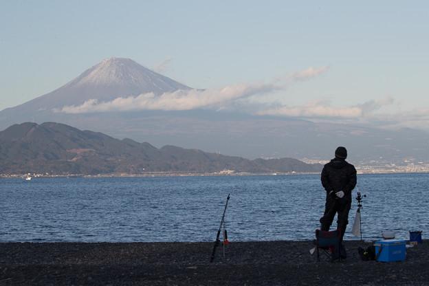 富士山を味わう釣り人