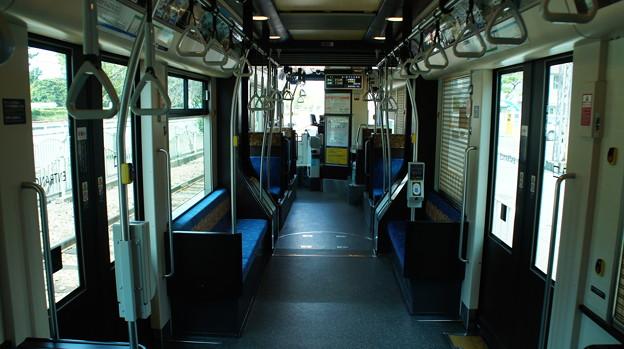 阪堺電軌 1003 車内