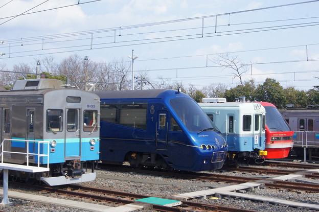 伊豆急 8000系 TA-5と2100系 R-5と100形 103と2100系 R-3