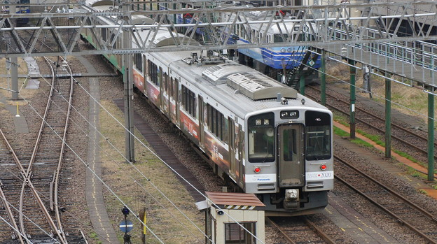 えちごトキめき鉄道 ET127系 V4