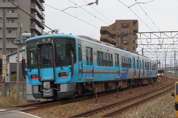 IRいしかわ鉄道 521系 IR02