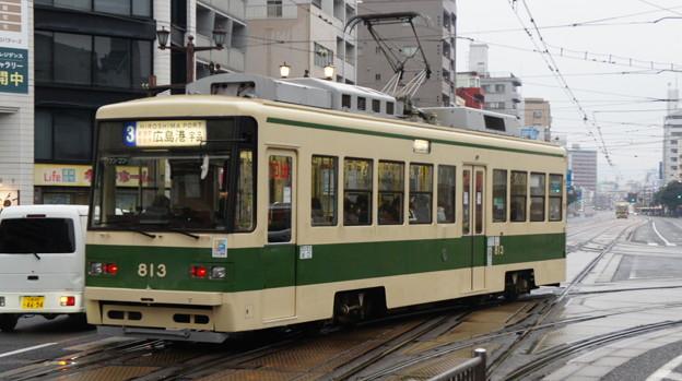 Photos: 広島電鉄 813