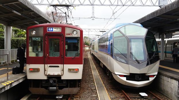 1259系 VC67と50000系 SV02