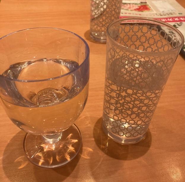 水と白ワイン