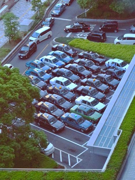 大勢のタクシーが詰めかけてた(?)名古屋駅前 - 1