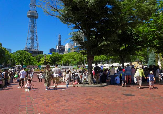 大勢の人で賑わっていた「名古屋ハワイフェスティバル 2017」 - 2