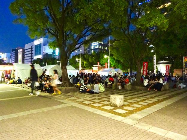 手羽先サミット 2017 No - 18:昼間以上に賑わう夜の会場