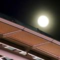 オアシス21と輝く満月 - 3